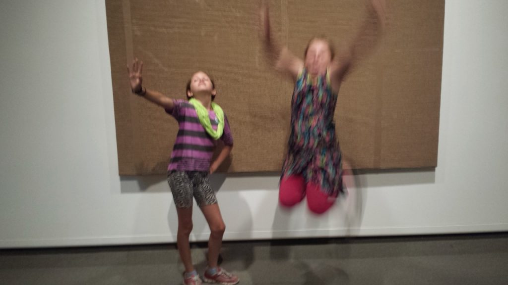 how to behave in an art gallery